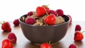 CerealStrawberries370x300